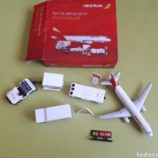 Hobbys: SET DE AEROPUERTO IBERIA AIRBUS 320 AVIÓN Y MÁS SET AEROPUERTO. Lote 210463850