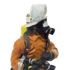 Hobbys: BOMBERO ALEMÁN ESPECIALISTA, 2000. 1.30 . TODO METAL. EDICIÓN COLECCIONISTA. Lote 213338595