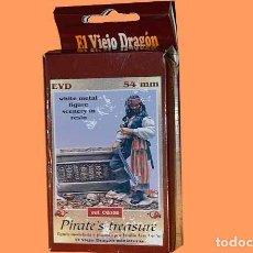 Hobbys: FIGURA DE PIRATA (JACK SPARROW) CON TESORO A 54 M/M (MARCA EL VIEJO DRAGON, METAL). Lote 222486193