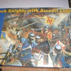 Hobbys: 72002 FRENCH KNIGHTS WITH ASSAULT LADEERS XV CENTURY. Lote 222896151