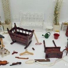 Hobbys: LOTE JARDIN CASA DE MUÑECAS. MUEBLES MINIATURA. PRECIOSO.. Lote 241016370