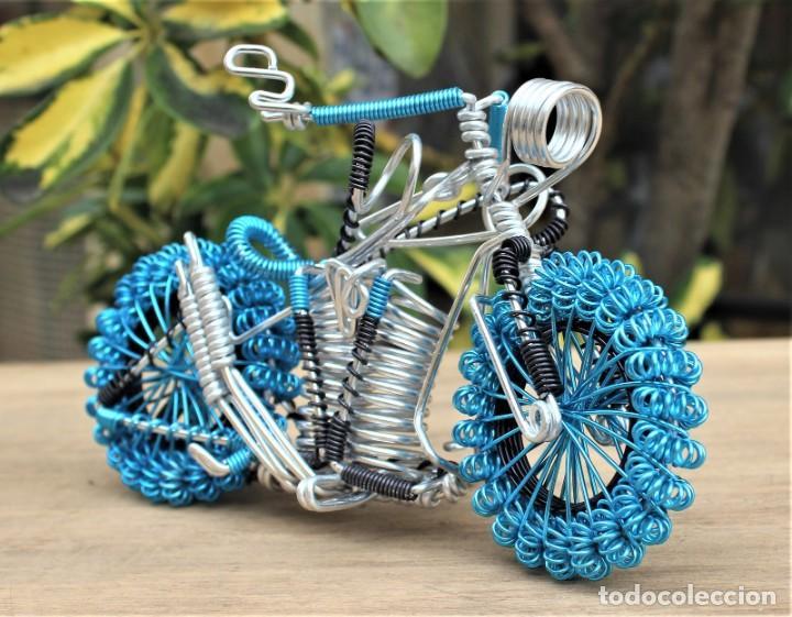 Hobbys: Moto tipo Harley Darvidson en alambre de aluminio - Foto 2 - 198053032
