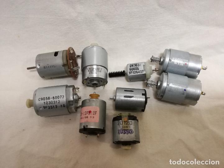 LOTE DE 9 MOTORES PQUEÑOS ELECTRICOS (TODOS FUNCIONAN) (Juguetes - Modelismo y Radiocontrol - Motores)