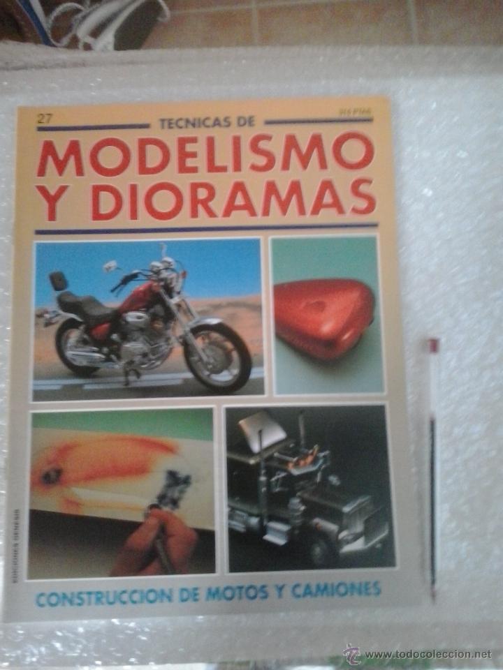 MODELISMO Y DIORAMAS -CONSTRUCCION DE MOTOS Y CAMIONES (Juguetes - Modelismo y Radiocontrol - Revistas)