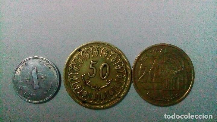 TRES MONEDAS DE TÚNEZ Y MARRUECOS (Numismática - Extranjeras - África)