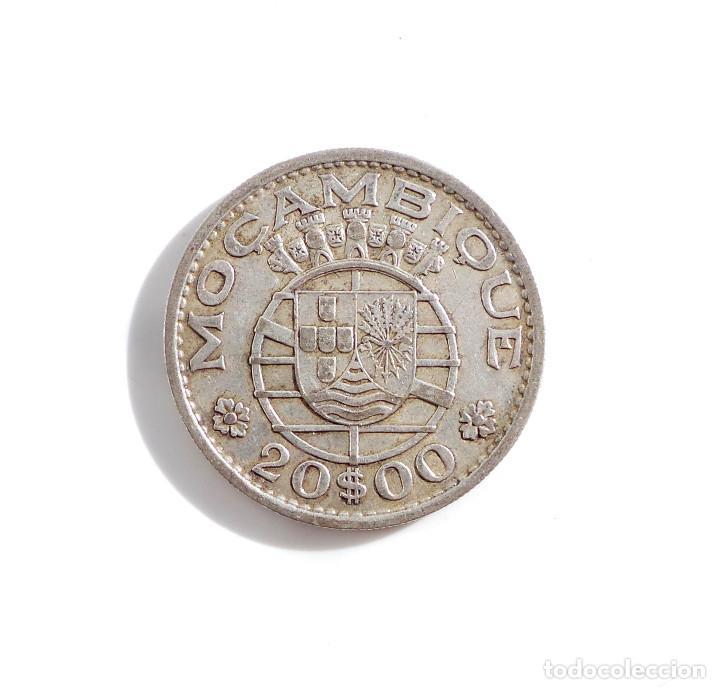 PORTUGAL.- 20 ESCUDOS DE MOZAMBIQUE DE 1960, COLONIA DE PORTUGAL - PLATA (Numismática - Extranjeras - África)