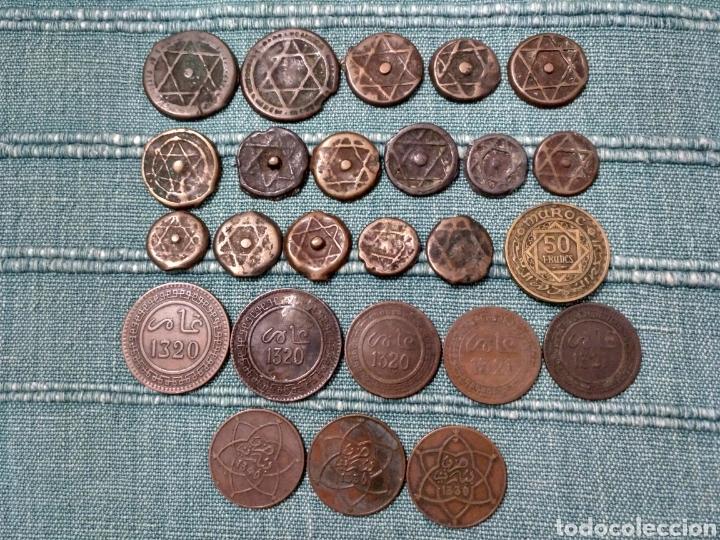 Monedas antiguas de África: Lote de 25 antiguas monedas de Marruecos. A clasificar. - Foto 4 - 105166526