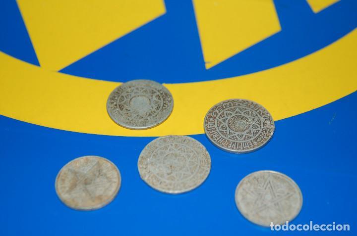 Monedas antiguas de África: MONEDAS DE 5 FRANCS MAROC + 2 FRANCS MAROC-LOTE DE 5 MONEDAS - Foto 2 - 133505502