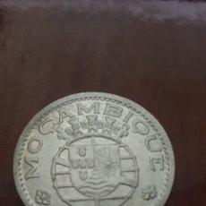 Monedas antiguas de África: MOZAMBIQUE 10 ESCUDOS 1960 PLATA. Lote 161535290