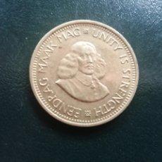 Monedas antiguas de África: SUDÁFRICA. MEDIO CENT DE 1963. EBC. Lote 172654380