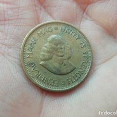 Monedas antiguas de África: SUDAFRICA MONEDA 1/2 CENTAVO AÑO 1963. Lote 176006300