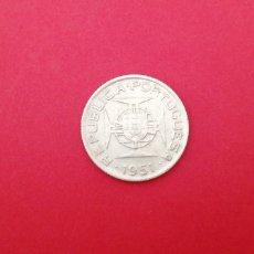 Monedas antiguas de África: 2,5 ESCUDOS DE MOZAMBIQUE 1951. PLATA. Lote 218392735
