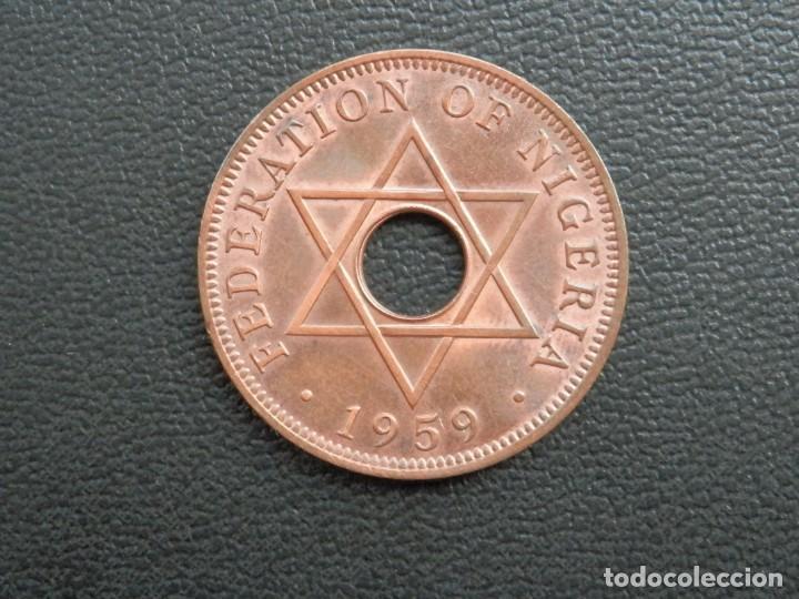 Monedas antiguas de África: NIGERIA 1 PENNY AÑO 1959, CONSERVACIÓN = SC LA MONEDA CONSERVA PARTE BRILLO ORIGINAL - Foto 2 - 255997435