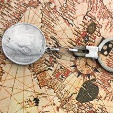 Monedas antiguas de África: MONEDA 5 DIRHAMS 1965 HASSAN 2 CON LLAVERO. Lote 279577523