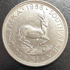 Monedas antiguas de África: SUDÁFRICA, MONEDA DE PLATA DE 5 CHELINES, AÑO 1956. Lote 294144853
