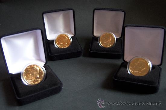 JOHN F. KENNEDY.CUATRO MONEDAS DE MEDIO DÓLAR CHAPADAS EN ORO DE 24 QUILATES. (Numismática - Extranjeras - América)