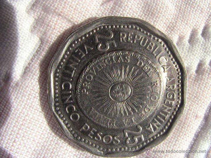 Monedas antiguas de América: Moneda 25 Pesos ARGENTINA 1964 - Foto 2 - 48061376