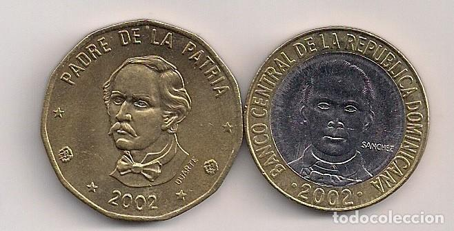 REPÚBLICA DOMINICANA - 2 MONEDAS DE 1 Y 5 PESOS 2002 (Numismática - Extranjeras - América)