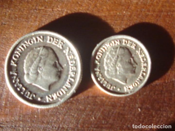 Monedas antiguas de América: Antillas holandesas. Reina Juliana. 1/4 de florín (gulden) 1956 y 1/10 de florín 1966. Plata. EBC - Foto 2 - 76608959