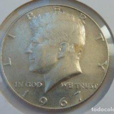 Monedas antiguas de América: MONEDA DE PLATA DE 1/2 DOLAR DE 1967 KENNEDY CECA FILADELFIA, ESTADOS UNIDOS, EBC. Lote 96837874