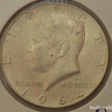 Monedas antiguas de América: MONEDA DE PLATA DE 1/2 DOLAR AMERICANO 1964 CECA FILADELFIA, ESTADOS UNIDOS KENNEDY. Lote 93063465