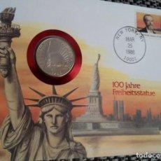 Monedas antiguas de América: BONITA MONEDA MEDIO DOLAR PLATA CARTA NUMISMATICA CONMEMORATIVA 100 AÑOS A LA ESTATUA DE LA LIBERTAD. Lote 117400271