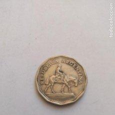 Monedas antiguas de América: ANTIGUA MONEDA 10 PESOS ARGENTINA 1965. Lote 155812166