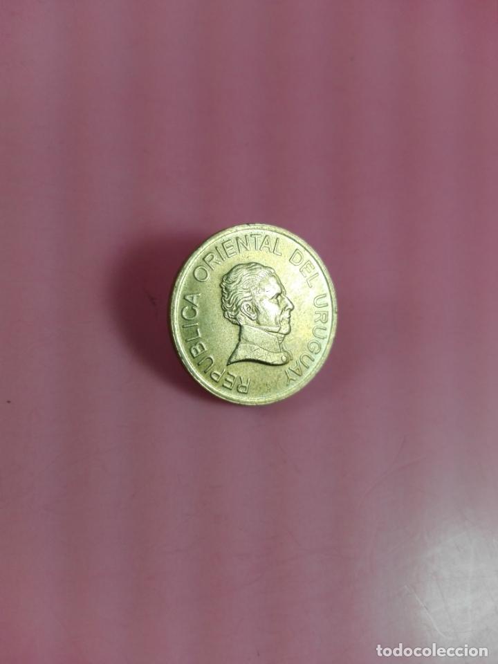 MONEDA-URUGUAY-(1) UN PESO-1998-20 MM-BUEN ESTADO-VER FOTOS (Numismática - Extranjeras - América)