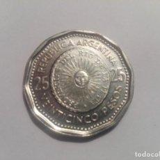 Monedas antiguas de América: MONEDA ARGENTINA 25 PESOS SIN CIRCULAR AÑO 1964 CONMEMORATIVA 1º MONEDA PATRIA. Lote 164988210