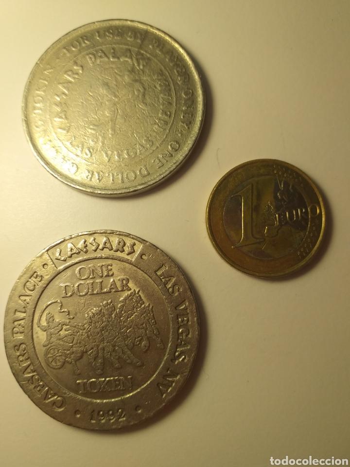 DOS FICHAS DOLLAR CASINO CAESARS PALACE LAS VEGAS TOKEN 1992 COIN (Numismática - Extranjeras - América)