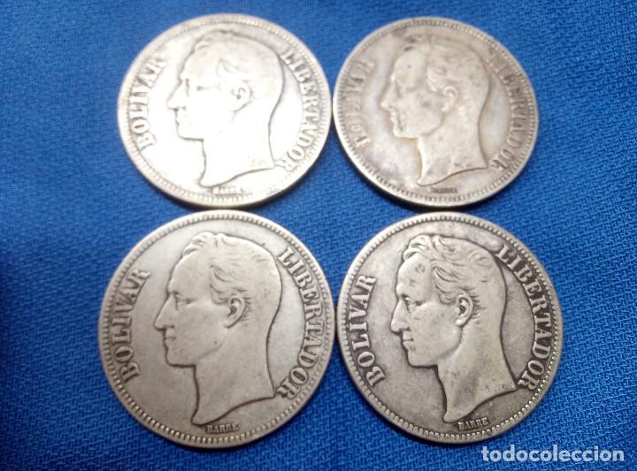 LOTE, CUATRO MONEDAS DE PLATA DE 5 BOLIVARES DE VENEZUELA 1921, 1935 Y DOS DE 1936. (Numismática - Extranjeras - América)