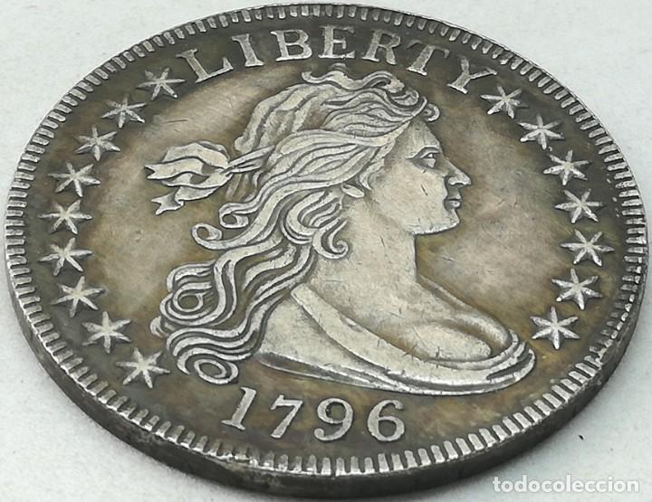 RÉPLICA MONEDA 1796. 1/2 DÓLAR. ESTADOS UNIDOS DE AMÉRICA. USA. CANTO LABRADO. RARA (Numismática - Extranjeras - América)