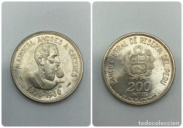 MONEDA. PERU. MARISCAL ANDRES A. CACERES. 200 INTIS. 1836-1986. S/C. VER FOTOS (Numismática - Extranjeras - América)