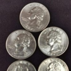 Monedas antiguas de América: LOTE DE CINCO MONEDAS DE CUARTO DE DOLAR USA AÑOS DISPERSOS. Lote 246671180