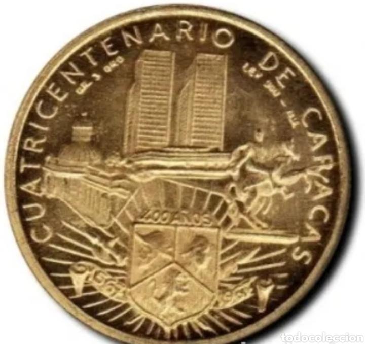 Monedas antiguas de América: Oro. Pesa 6,10 gramos. Moneda conmerativa del cuatricentenario de la ciudad de Caracas. - Foto 2 - 276194783
