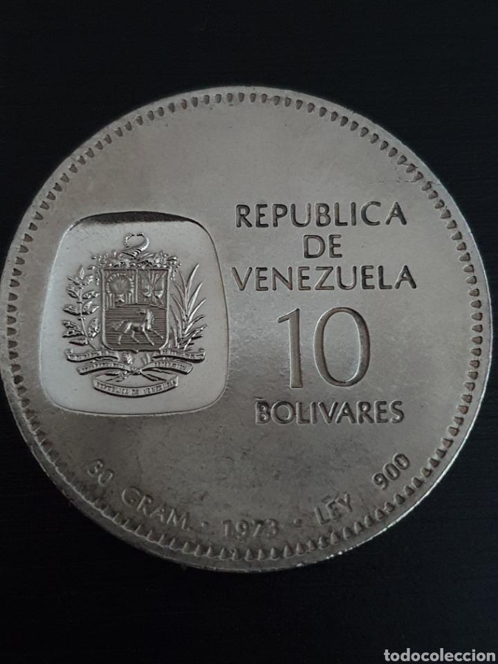 Monedas antiguas de América: Moneda conmerativa de los 100 años efigie de Bolivar en la moneda. Plata. Pesa 30 gramos. - Foto 2 - 276218663
