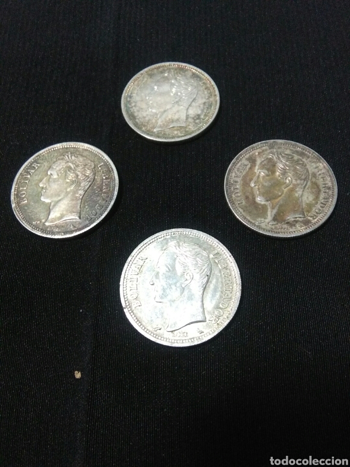 LOTE DE 4 MONEDAS DE PLATA REPUBLICA DE VENEZUELA ,UN BOLIVAR (Numismática - Extranjeras - América)