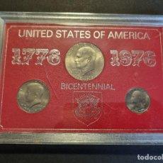 Monedas antiguas de América: SET ESTUCHE 3 MONEDAS ESTADOS UNIDOS USA DOLAR BICENTENIAL 1776 1976 ORIGINAL. Lote 295312753