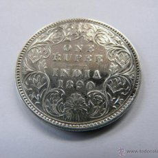 Monedas antiguas de Asia: 1890 BRITISH INDIA ONE RUPEE SILVER COIN OF VICTORIA EMPRESS - 159. Lote 49058072