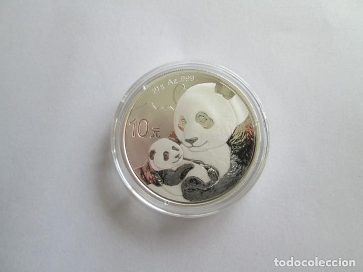 CHINA * 10 YUAN 2019 * PLATA (Numismática - Extranjeras - Asia)