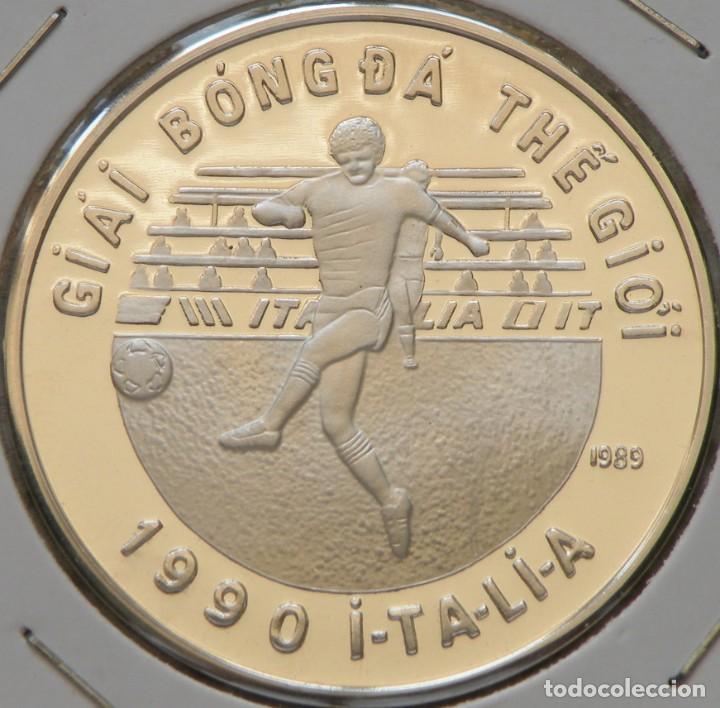 Monedas antiguas de Asia: VIETNAM 100 DONG 1989 MUNDIAL FÚTBOL. PLATA 0,999 PROOF MUY ESCASA SOLO 10.000 PIEZAS - Foto 3 - 183581845