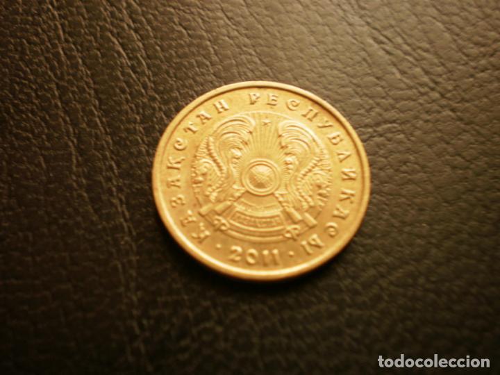 KAZAJISTAN 10 TENGE 2011 (Numismática - Extranjeras - Asia)
