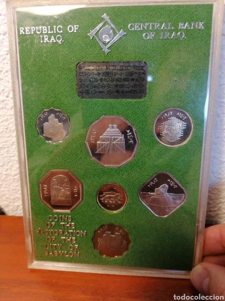 ESTUCHE MONEDAS IRAQ IRAK. REPUBLIC OF IRAQ. COINS OF THE RESTORATION OF THE CITY OF BABYLON (Numismática - Extranjeras - Asia)