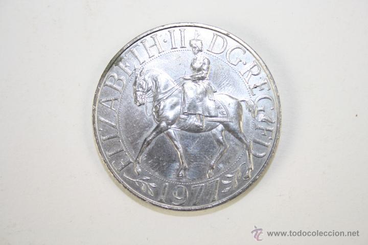 M 227 Elizabeth Ii Dg Reg Fd 1977 Plat Comprar Monedas