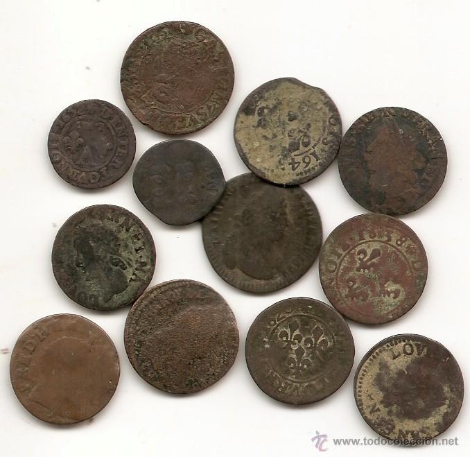 FRANCIA: LOTE DE 12 LIARDS. SIGLO XVII (Numismática - Extranjeras - Europa)