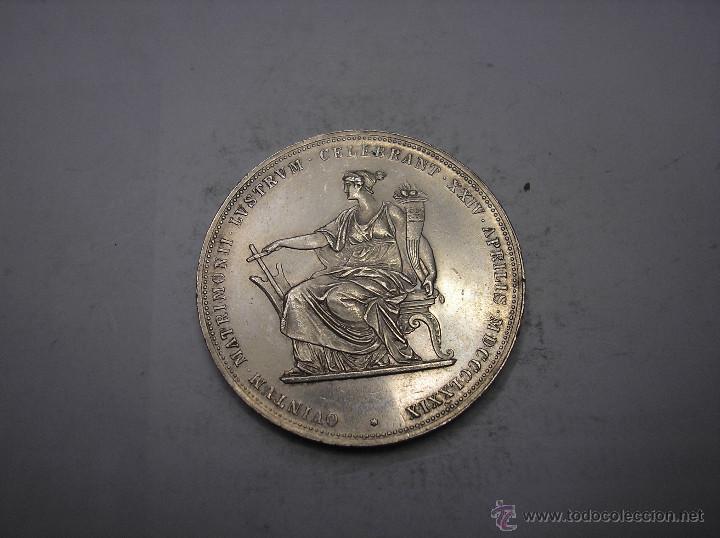 AUSTRIA, 2 FLORINES DE PLATA DE 1879. BODAS DE ORO DE LOS REYES (Numismática - Extranjeras - Europa)