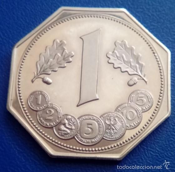 Monedas antiguas de Europa: BONITA MONEDA OCTAGONAL CONMEMORATIVA A LOS 40 AÑOS DEL MARCO ALEMAN 1948 - 1988 - Foto 2 - 57800393