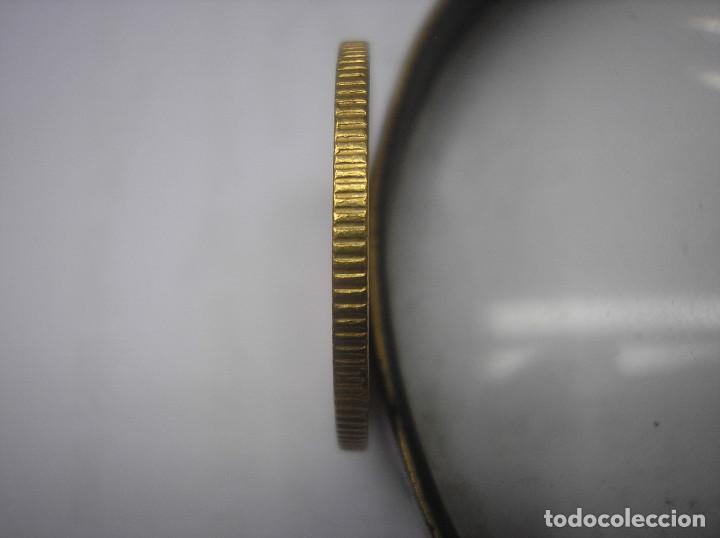 Monedas antiguas de Europa: GRAN BRETAÑA, 1 LIBRA DE ORO CON ESCUDO DE 1863, REINA VICTORIA - Foto 3 - 61393911