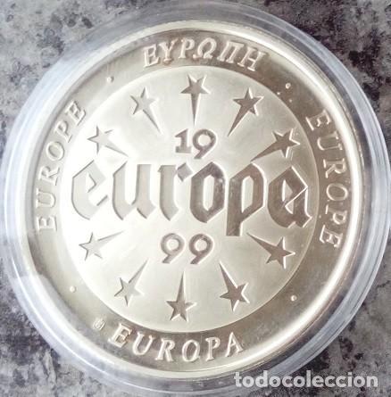 CURIOSA MONEDA CONMEMORATIVA A EUROPA DEL AÑO1999 EN SU CAPSULA PROTECTORA (Numismática - Extranjeras - Europa)