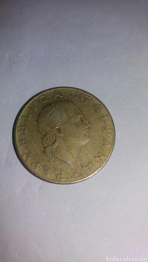 RÉPLICA ITALIANA 200 LIRE 1979 (Numismática - Extranjeras - Europa)